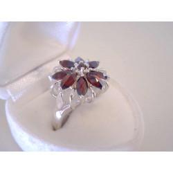Výrazný dámsky strieborný prsteň český granát VPS52531 925/1000 5,31 g