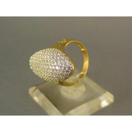 Zlatý prsteň so zirkónmi