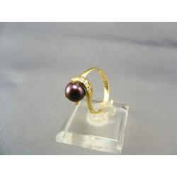 Zlatý dámsky prsteň s fialovou perlou žlté zlato VP56304Z