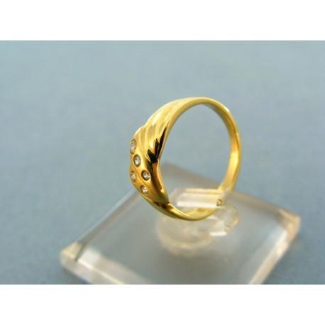 Dámsky prsteň žlté zlato kamienky malé zirkóny