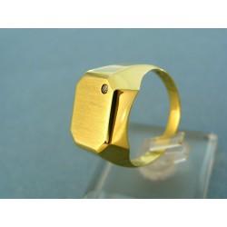 Pánsky zlatý prsteň so zirkónom hranatý tvar