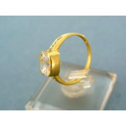 Zlatý prsteň s veľkým zirkónom v žltom zlate VP53229Z