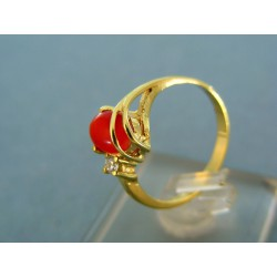 Zlatý prsteň elegantný žlté zlato s červeným kamienkom VP57247Z