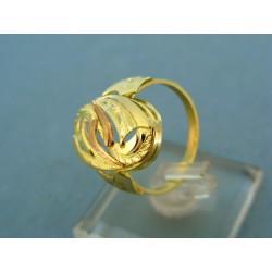 Prsteň kombinácia  žlté a červené zlato vzorované VP29380V