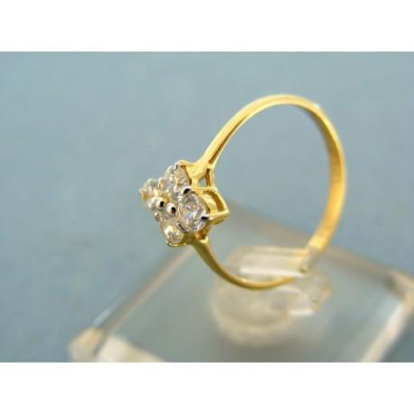 Jemný prsteň  žlté zlato kamienky v tvare kvietka