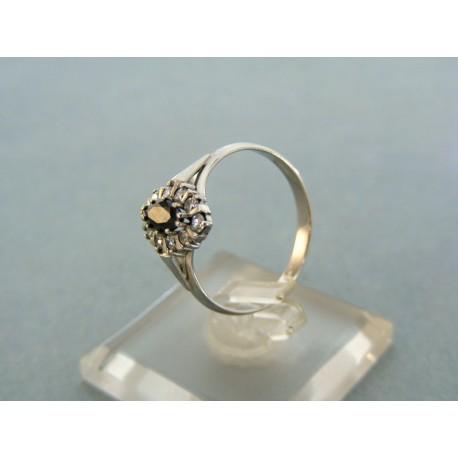Dámsky prsteň biele zlato kameň čierny zirkón