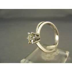 Diamantový prsteň v 18 karátovom bielom zlate VD55394