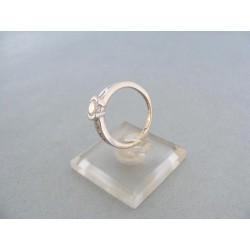 Zlatý dámsky prsteň biele zlato kamienky zirkónu VP54305B