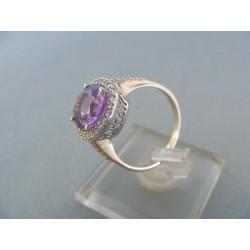 Zlatý prsteň biele zlato vzorovaný fialový zirkón DP55347B