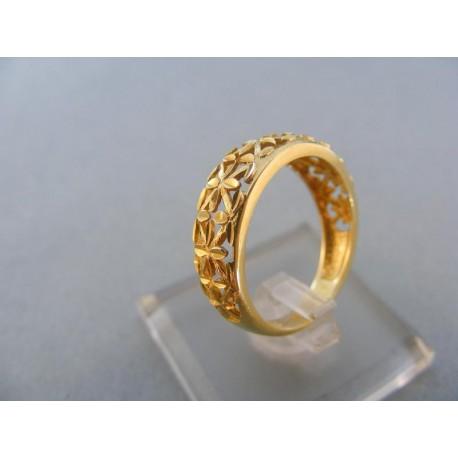 Krásny prsteň žlté zlato vzorovaný