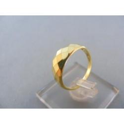 Zlatý dámsky prsteň žlté zlato jemné výčnelky DP51217Z