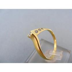 Zlatý dámsky prsteň žlté zlato malé kamienky DP55256Z