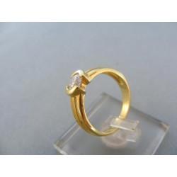 Zlatý dámsky prsteň vyrezávany žlté zlato zirkón DP52310Z