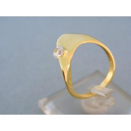 Jemný dámsky prsteň v žltom zlate kamienok