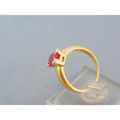 Dámsky prsteň farebný zirkón v korunke žlté zlato