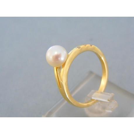 Prsteň žlté zlato perla zirkóniky