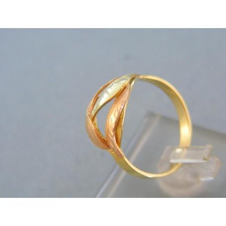 Pekný vzorovaný prsteň žlté červené zlato