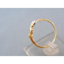 Zlatý prsteň jemný žlté biele zlato kamienok točená vlnka DP57145V