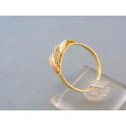 Zlatý dámsky prsteň vzorovaný žlté červené zlato tvar dvoch listov DP67234V