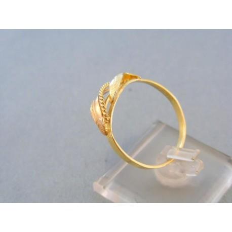 Vzorovaný dámsky prsteň žlté červené zlato tvar dvoch listov