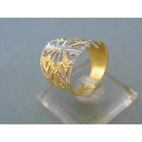Elegantný dámsky prsteň vzorovaný dvojfarebné zlato