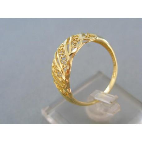 Pekný vzorovaný dámsky prsteň žlté zlato