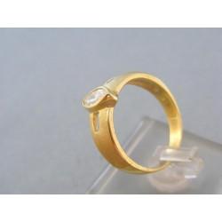 Zlatý dámsky prsteň v žltom zlate s pozdĺžnym zirkónom DP58496Z