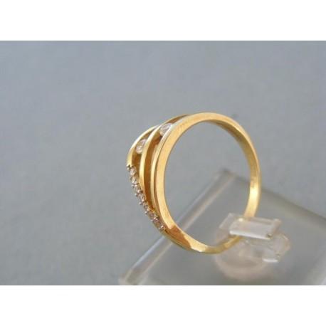 Zlatý dámsky prsteň žlté zlato kamienky zirkónu