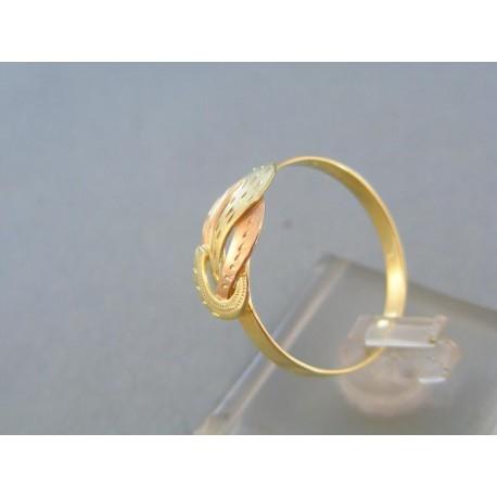 Jemný dámsky prsteň žlté červené zlato vzorovaný