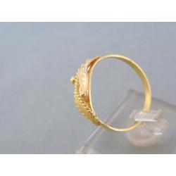 Zlatý prsteň žlté červené zlato vzorovaný povrch DP61228V
