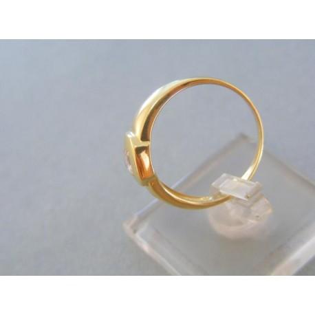 Krásny zlatý prsteň žlté zlato zirkón